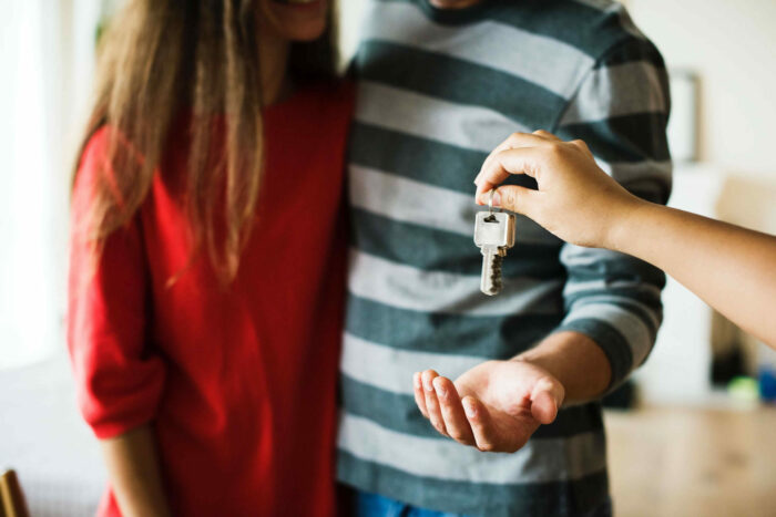 Couple Home House 1288482